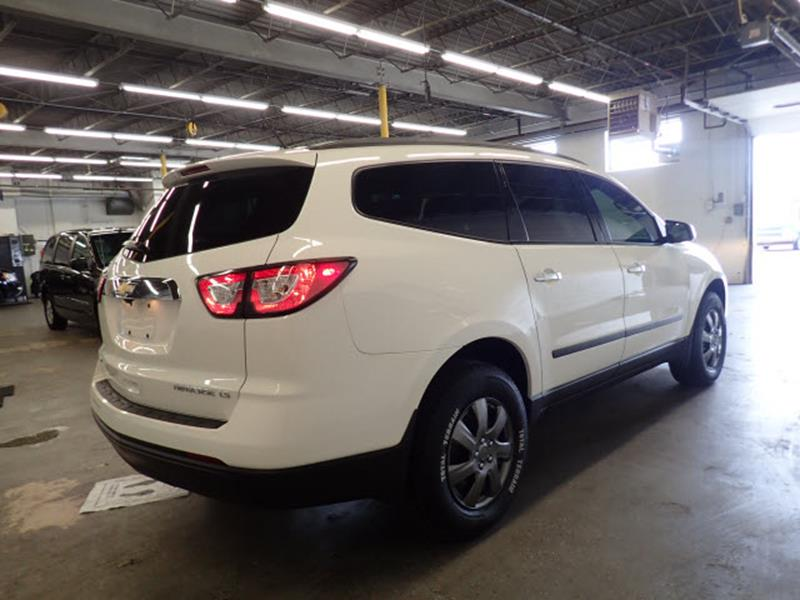 2014 Chevrolet Traverse for sale at JOELSCARZ.COM in Flushing MI
