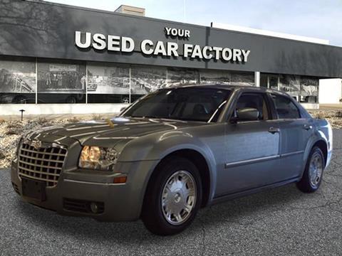 2006 Chrysler 300 for sale at JOELSCARZ.COM in Flushing MI