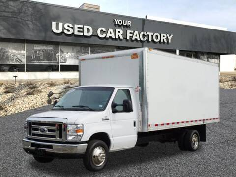 2017 Ford E-Series Chassis for sale at JOELSCARZ.COM in Flushing MI