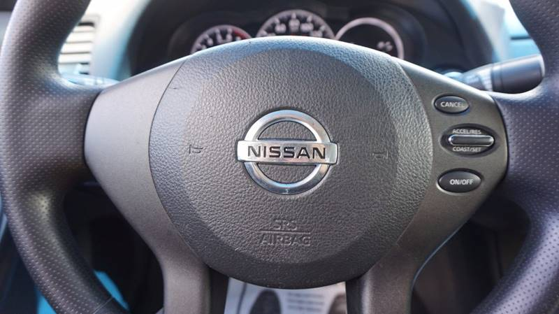2011 Nissan Altima 2.5 S 2dr Coupe CVT - Old Hickory TN