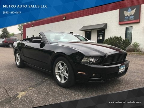 2013 Ford Mustang for sale at METRO AUTO SALES LLC in Blaine MN