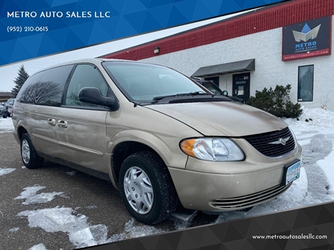 2002 Chrysler Town and Country for sale at METRO AUTO SALES LLC in Blaine MN