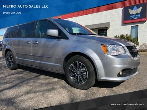 2017 Dodge Grand Caravan for sale at METRO AUTO SALES LLC in Blaine MN