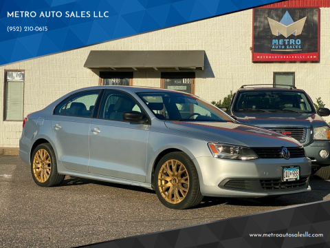 2013 Volkswagen Jetta for sale at METRO AUTO SALES LLC in Blaine MN