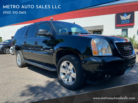 2007 GMC Yukon XL for sale at METRO AUTO SALES LLC in Blaine MN