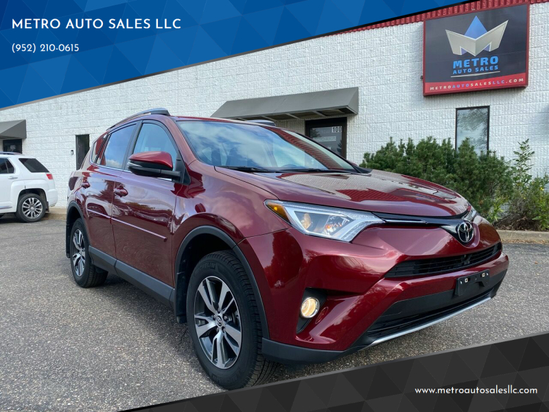 2018 Toyota RAV4 for sale at METRO AUTO SALES LLC in Blaine MN