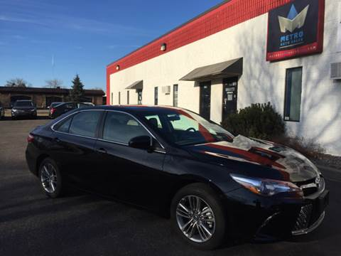 2016 Toyota Camry for sale at METRO AUTO SALES LLC in Blaine MN