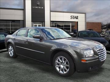 2009 Chrysler 300 for sale in Southfield, MI