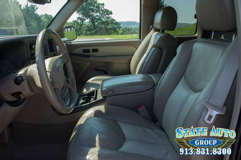 2004 GMC Sierra 1500 AWD 4dr Extended Cab Denali SB - Kansas City KS
