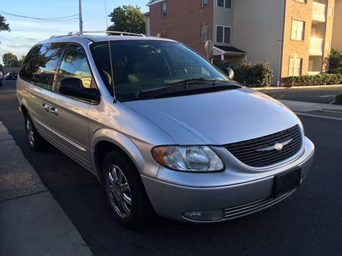 2003 Chrysler Town and Country for sale in Linden, NJ