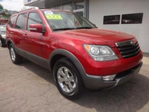 2009 Kia Borrego for sale in Martins Ferry, OH