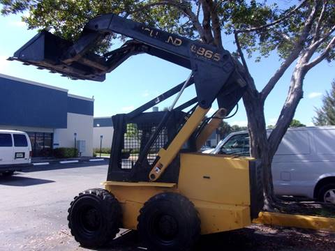 1997 New Holland New Flyer  LX865 Bobcat for sale in Pompano Beach, FL