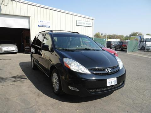 2009 Toyota Sienna for sale in Fresno, CA