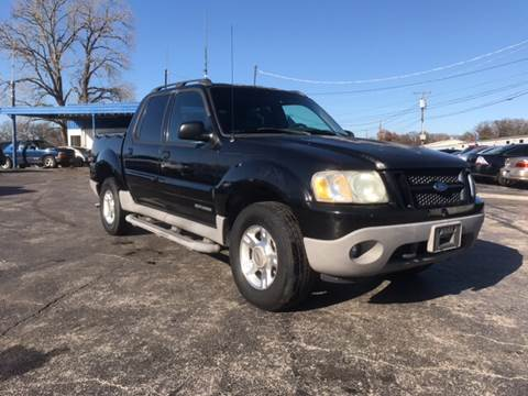 2001 Ford Explorer Sport Trac for sale at Dave-O Motor Co. in Haltom City TX