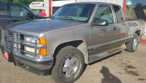 1998 Chevrolet C/K 1500 Series for sale at BARNES AUTO SALES in Mandan ND