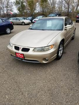 2000 Pontiac Grand Prix for sale at BARNES AUTO SALES in Mandan ND
