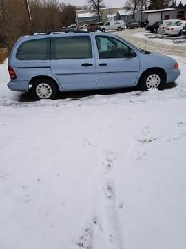 1998 Ford Windstar for sale at BARNES AUTO SALES in Mandan ND