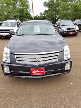 2005 Cadillac SRX for sale at BARNES AUTO SALES in Mandan ND