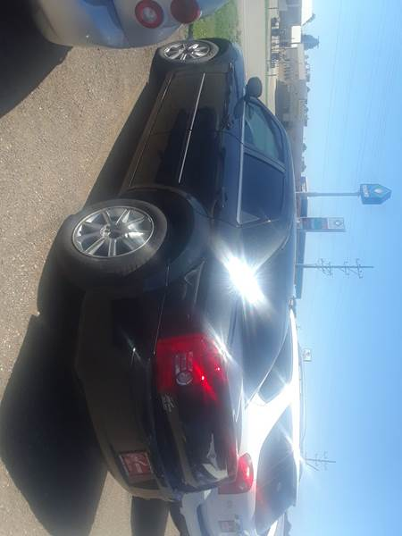 2009 Chrysler 300 for sale at BARNES AUTO SALES in Mandan ND