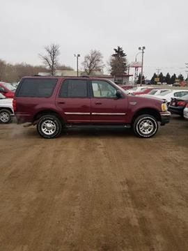 2001 Ford Expedition for sale at BARNES AUTO SALES in Mandan ND