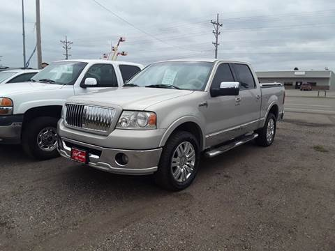 2006 Lincoln Mark LT for sale at BARNES AUTO SALES in Mandan ND