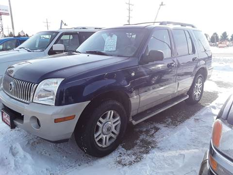 2005 Mercury Mountaineer for sale at BARNES AUTO SALES in Mandan ND