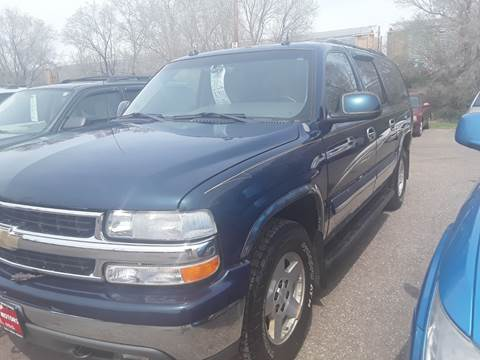 2005 Chevrolet Suburban for sale at BARNES AUTO SALES in Mandan ND