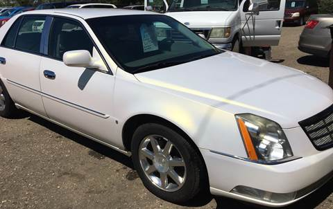 2007 Cadillac DTS for sale at BARNES AUTO SALES in Mandan ND