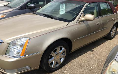2006 Cadillac DTS for sale at BARNES AUTO SALES in Mandan ND
