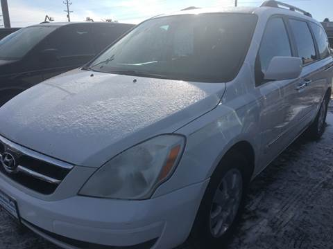 2007 Hyundai Entourage for sale at BARNES AUTO SALES in Mandan ND