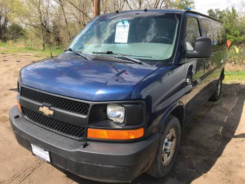 2004 Chevrolet Express Passenger for sale at BARNES AUTO SALES in Mandan ND