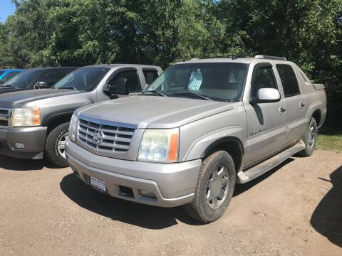 2004 Cadillac Escalade EXT for sale at BARNES AUTO SALES in Mandan ND