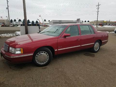 1998 Cadillac DeVille for sale at BARNES AUTO SALES in Mandan ND