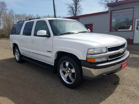 2001 Chevrolet Suburban for sale at BARNES AUTO SALES in Mandan ND