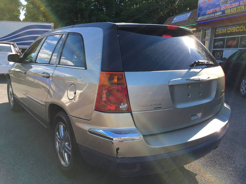 2005 Chrysler Pacifica for sale at D & M Discount Auto Sales in Stafford VA