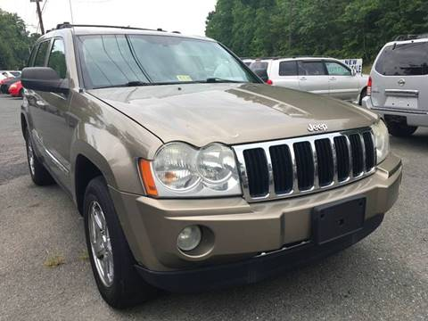 2006 Jeep Grand Cherokee for sale at D & M Discount Auto Sales in Stafford VA