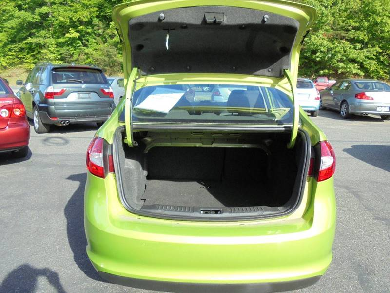 2013 Ford Fiesta for sale at D & M Discount Auto Sales in Stafford VA