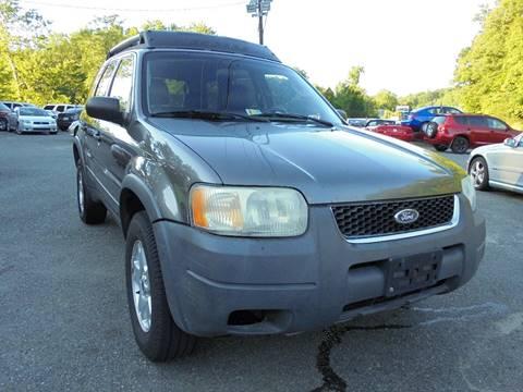 2003 Ford Escape for sale at D & M Discount Auto Sales in Stafford VA