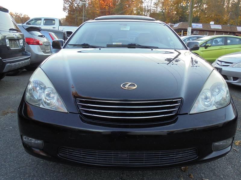 2003 Lexus ES 300 for sale at D & M Discount Auto Sales in Stafford VA