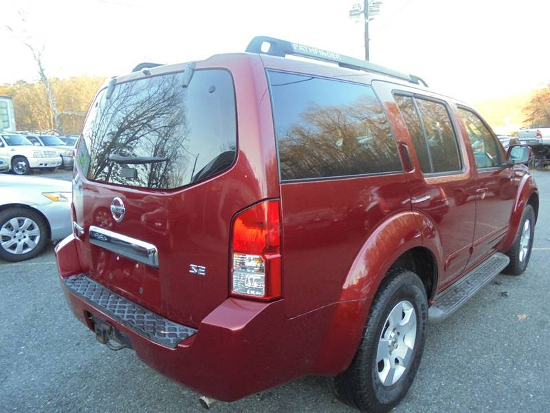 2006 Nissan Pathfinder for sale at D & M Discount Auto Sales in Stafford VA