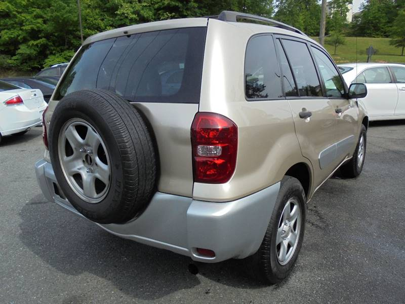 2004 Toyota RAV4 for sale at D & M Discount Auto Sales in Stafford VA