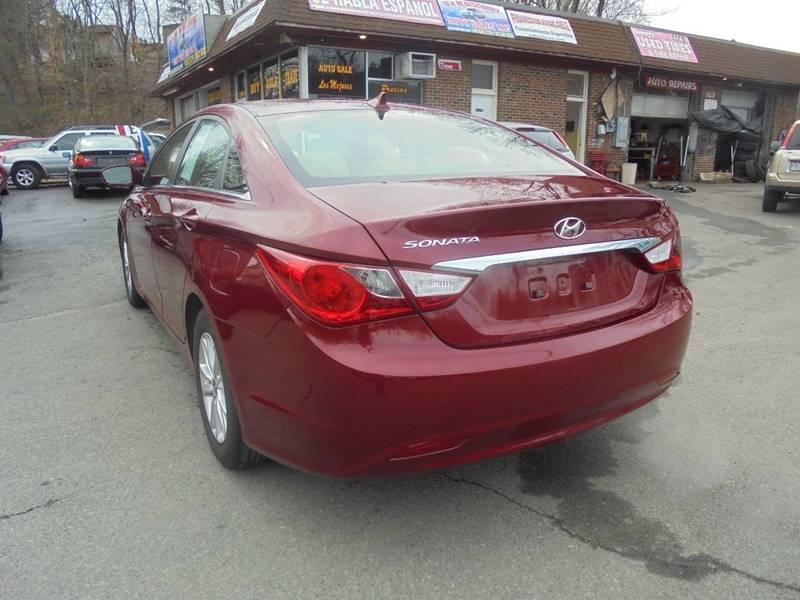 2011 Hyundai Sonata for sale at D & M Discount Auto Sales in Stafford VA