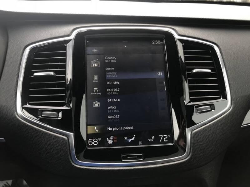 2018 Volvo XC90 T6 Momentum (image 19)