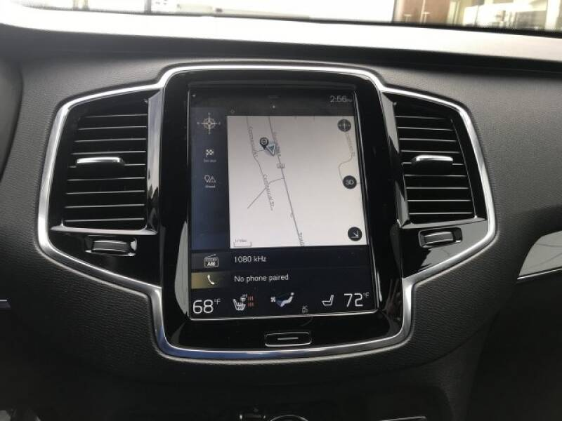 2018 Volvo XC90 T6 Momentum (image 22)
