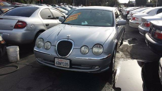 2000 Jaguar S-Type for sale at Sidney Auto Sales in Downey CA