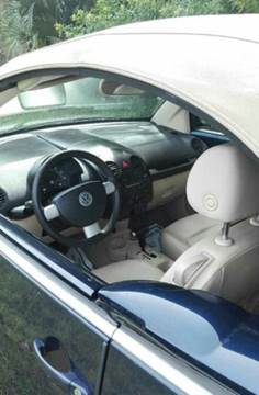 2005 Volkswagen New Beetle for sale in Lake Worth, FL