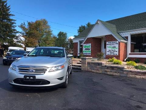 2011 Ford Taurus for sale in Youngstown, OH