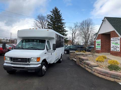 2006 Ford E-450 for sale in Youngstown, OH
