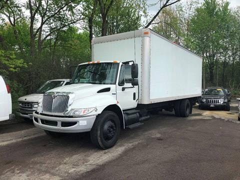 2009 International REG CAB for sale in Youngstown, OH