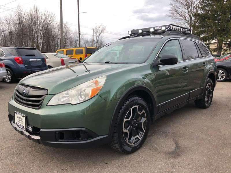2011 Subaru Outback 3.6R Premium (image 2)